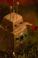 robot_ornament.jpg